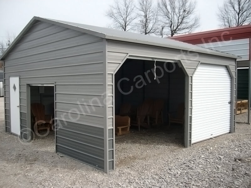 Two Tone Fully Enclosed Garage